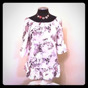 Elle - Pink and White Floral Top